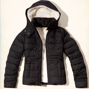 Holister Black Sherpa Lined Puffer Jacket